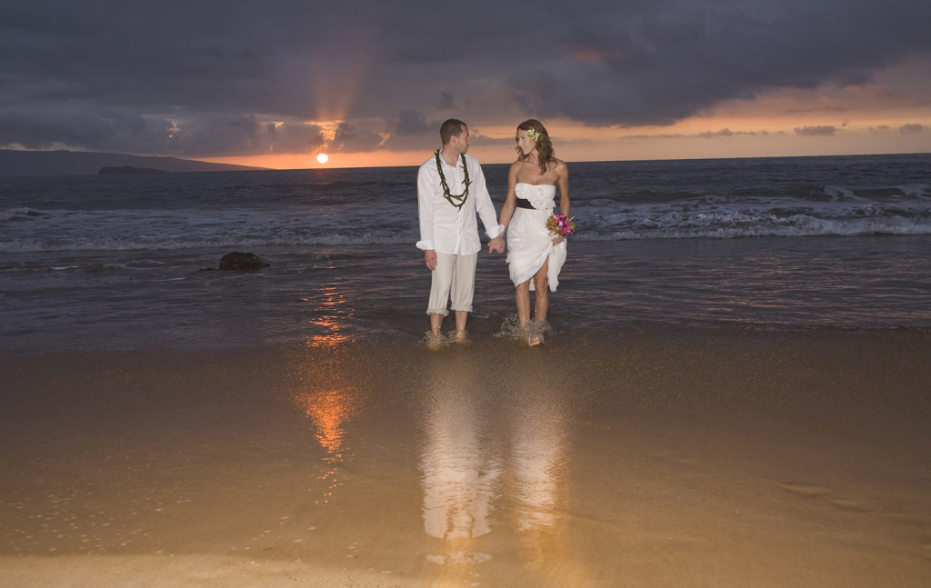 Maui Sunset wedding