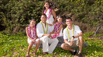 Hawaii wedding renewal of vows and family portrait