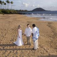 Small Hawaii Weddings