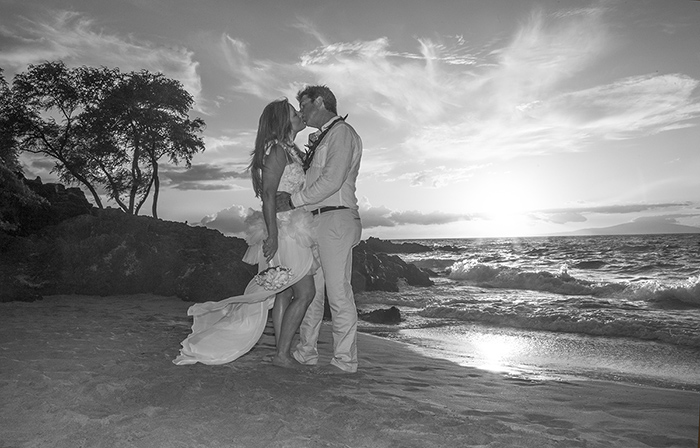 Suzan and Ron's wedding at Maluaka Beach, Makena Maui